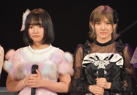 結果発表を待つ(左から)矢作萌夏、岡田奈々 (C)ORICON NewS inc.