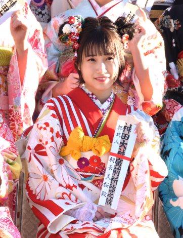 『AKB48グループ 2019年新成人メンバー 成人式記念撮影会』に参加した朝長美桜 (C)ORICON NewS inc.
