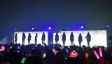 オープニングで12人のシルエットが現れ大歓声=『IZ*ONE日本デビューショーケース-1stシングル「好きと言わせたい」発売記念イベント-』(C)ORICON NewS inc.