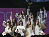 「La Vie en Rose」の2倍速・3倍速ダンスに挑戦=『IZ*ONE日本デビューショーケース-1stシングル「好きと言わせたい」発売記念イベント-』より(C)ORICON NewS inc.