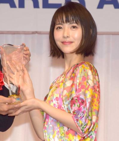 『第30回 日本ジュエリー ベストドレッサー賞』の授賞式に出席した浜辺美波 (C)ORICON NewS inc.