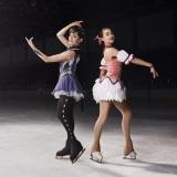 『まどマギ』衣装で共演を果たしたザギトワ&メドベージェワ