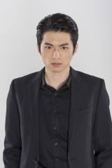 山本健太郎(白洲迅)(C)ジャスミン・ギュ/講談社