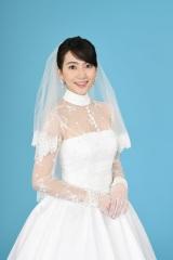 水曜ドラマ『家売るオンナの逆襲』の5話でゲスト出演する知英(C)日本テレビ