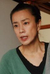 ドラマ24『フルーツ宅配便』渡辺真起子(C)鈴木良雄・小学館/「フルーツ宅配便」製作委員会