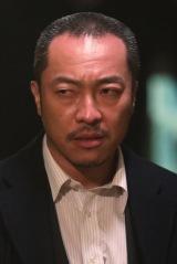 ドラマ24『フルーツ宅配便』音尾琢真(C)鈴木良雄・小学館/「フルーツ宅配便」製作委員会