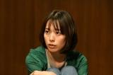 金曜ドラマ『大恋愛〜僕を忘れる君と』で、儚い恋のヒロインを好演し「主演女優賞」を受賞した戸田恵梨香(C)TBS