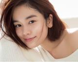 日本テレビ系水曜ドラマ『家売るオンナの逆襲』に出演する筧美和子