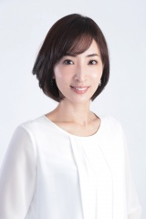 日本テレビ系水曜ドラマ『家売るオンナの逆襲』に出演する真飛聖
