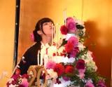 2月3日に20歳の誕生日を迎え、ロウソクの火を必死に吹き消した橋本環奈 (C)ORICON NewS inc.