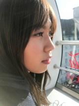 欅坂46・小林由依の写真集撮影時のオフショット