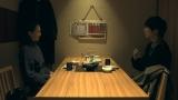 『テラスハウス オープニング ニュー ドアーズ』第48話よりモデルの谷川利沙子とゲスの極み乙女。の川谷絵音 (C)フジテレビ/イースト・エンタテインメント