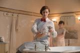 映画『メリー・ポピンズ リターンズ』(公開中)お風呂に魔法をかけるメリー・ポピンズ(エミリー・ブラント)。舞台裏が明らかに(C)2019 Disney Enterprises Inc.