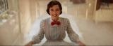映画『メリー・ポピンズ リターンズ』この後、後ろ向きのまま滑り台をおりていったエミリー・ブラント(C)2019 Disney Enterprises Inc.