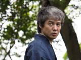 NHK・BSプレミアムで10日放送予定、スーパープレミアム『八つ墓村』に金田一耕助役で主演する吉岡秀隆(C)NHK