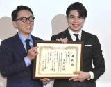 『ベストフンドシストアワード2018』で大賞を受賞した平成ノブシコブシ・吉村崇(右) (C)ORICON NewS inc.