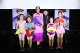 映画『メリー・ポピンズ リターンズ』浅田真央が練習を重ねた大須スケートリンクの後輩たちとのフォトセッション
