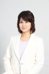水曜ドラマ『家売るオンナの逆襲』第7話に出演する佐津川愛美 (C)日本テレビ