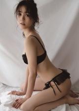 モデル安座間美優、下着初挑戦 (19年02月12日)