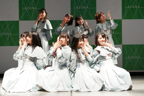 2ndシングル「風を待つ」発売イベントを開催したSTU48(C)STU