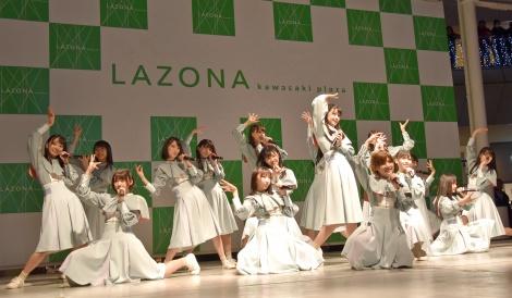 選抜メンバー16人で「風を待つ」を初披露 (C)ORICON NewS inc.