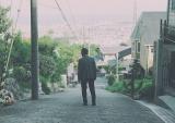 映画『轢き逃げ -最高の最悪な日-』(5月10日公開)ティザービジュアル(C)2019映画「轢き逃げ」製作委員会