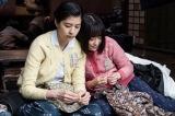 映画『あの日のオルガン』より(左から)佐久間由衣、大原櫻子の出演シーン(C)2018「あの日のオルガン」製作委員会