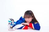 アニメ『少女☆歌劇 レヴュースタァライト』神楽ひかりのフィギュア(左)と三森すずこ(右) (C)Project Revue Starlight