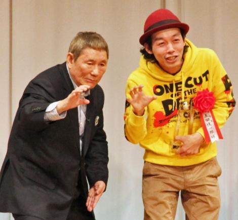 『カメラを止めるな!』を称賛したビートたけし(左)と上田慎一郎監督 (C)ORICON NewS inc.