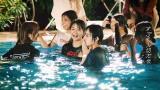 欅坂46が服を着たままプールに飛び込んで大はしゃぎ!