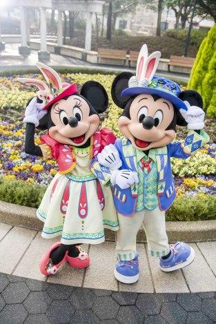 東京ディズニーシー『ディズニー・イースター』のコスチュームがお披露目に (C)Disney