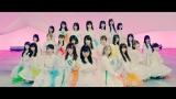 坂道AKBが山下美月センター(後列中央)「初恋ドア」MV公開(C)AKS/キングレコード