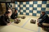 面会したのは萬平(長谷川博己)と世良(桐谷健太)だけだった(C)NHK