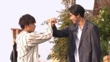 連続ドラマ『小説王』に出演する(左から)白濱亜嵐、小柳友 (C)フジテレビ