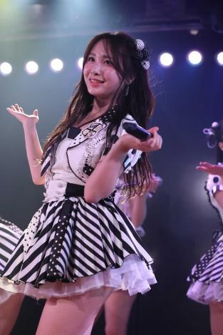 AKB48劇場で最後の生誕祭に臨んだAKB48高橋朱里(C)AKS