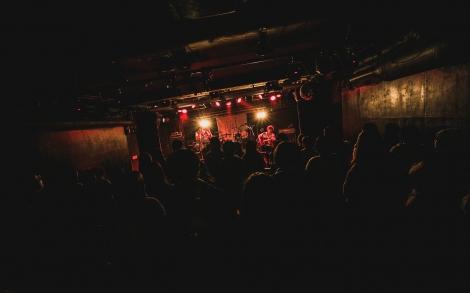 昨年12月14日(金)、東京・大塚Hearts NEXTでの高高のライブ