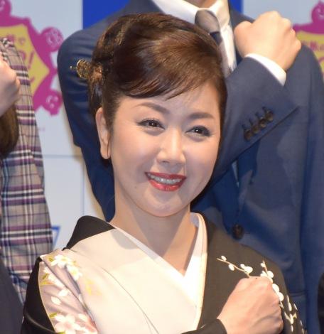 『SOS47動画発表会〜家族の絆でSTOP!オレオレ詐欺〜』の会見に参加した伍代夏子 (C)ORICON NewS inc.