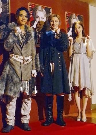 ミュージカル『HARUTO』ゲネプロ後囲み取材に出席した(左から)三浦海里、京本大我、能條愛未 (C)ORICON NewS inc.
