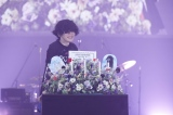 3月10日公演では28歳の誕生日を祝福されて満面の笑み (C)立脇卓