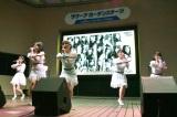 10年前と同じ場所で後輩たちが「10年桜」を熱唱=AKB48 55thシングル『ジワるDAYS』発売記念イベント (C)ORICON NewS inc.
