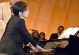 フルオーケストラをバッグにピアノ生演奏を披露した中島健人=フジテレビ開局60周年特別企画『砂の器』の制作発表 (C)ORICON NewS inc.