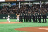 東京ドームで巨人×マリナーズ戦の始球式を務めた関口メンディー(C)2019「PRINCE OF LEGEND」製作委員会