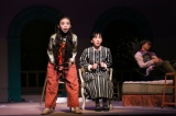 舞台『クラッシャー女中』の様子 撮影:宮川舞子
