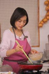 野菜ソムリエの資格を持つ木村多江(C)BSテレ東
