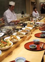 地元産の素材を用いた季節のお惣菜を中心としたメニューが並ぶ「アヤコ食堂」 (C)ORICON NewS inc.