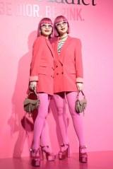 Dior新リップスティック発売記念『ディオール アディクト シティ』オープニングに登場した鈴木AYA、鈴木AMI (C)ORICON NewS inc.
