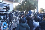 多くの報道陣が集まった東京湾岸署 (C)ORICON NewS inc.