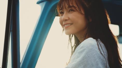 サムネイル 『ASPLUSH』新TVCM「あふれる笑顔」篇に出演する宇野実彩子