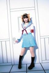 えなこ初のメジャー写真集『えなこ cosplayer』撮影/桑島智輝 (C)桂正和/集英社