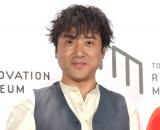 """スタッフに""""疑惑の目""""を向けたムロツヨシ=『TOKYO リノベーション ミュージアム』グランドオープン発表会 (C)ORICON NewS inc."""
